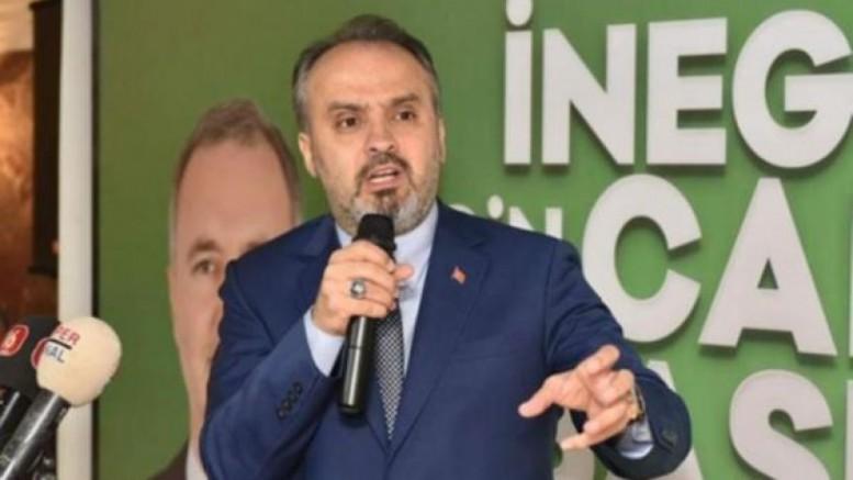 AKP'li belediye başkanından 'yarım ağız' özür: Uykusuzluktan olmuş...
