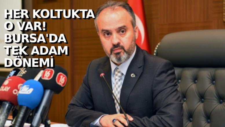 Alinur Aktaş'ın skandalları bitmiyor: Her koltuğa kendisi oturdu