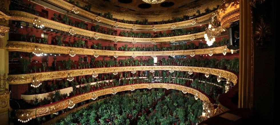 Barcelona operası, karantinadan sonra ilk konserini bitkilere verdi