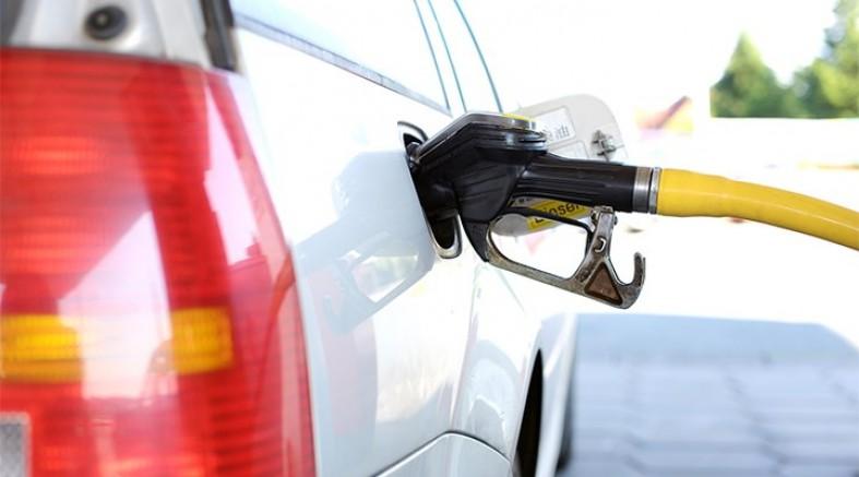Benzin ve motorine 5 günde dördüncü zam