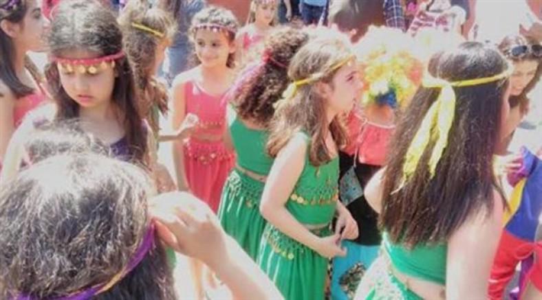 CHP'li Sağlar: Çocukları kıyafetlerinden dolayı sahneden indirenlere pedofili suçundan işlem yapılmalı