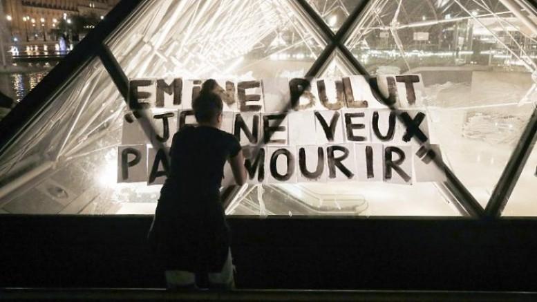 Emine Bulut'un 'Ölmek istemiyorum' çığlığı Louvre Müzesi'nde yankılandı