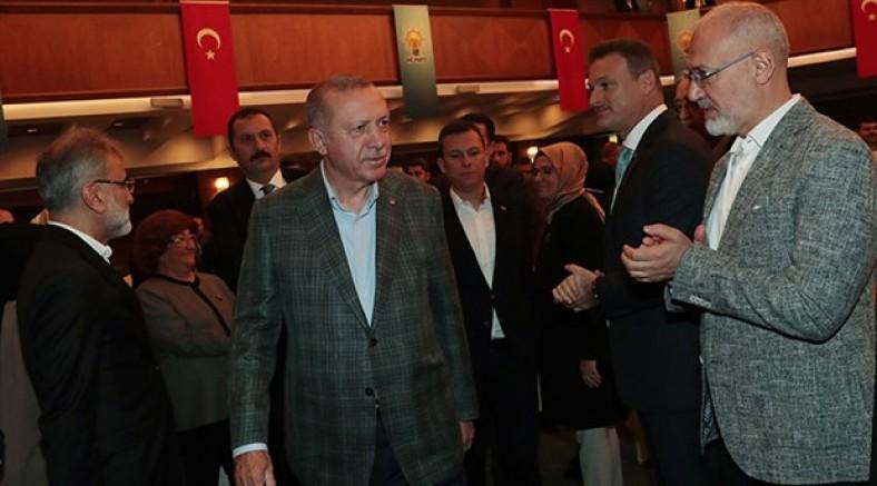 Erdoğan'dan partililerine: Burada fitne baya egemen