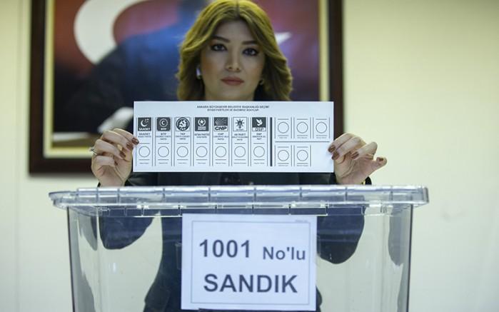 İstanbul seçimlerinde 3 aday, adaylıktan çekildiğini açıkladı